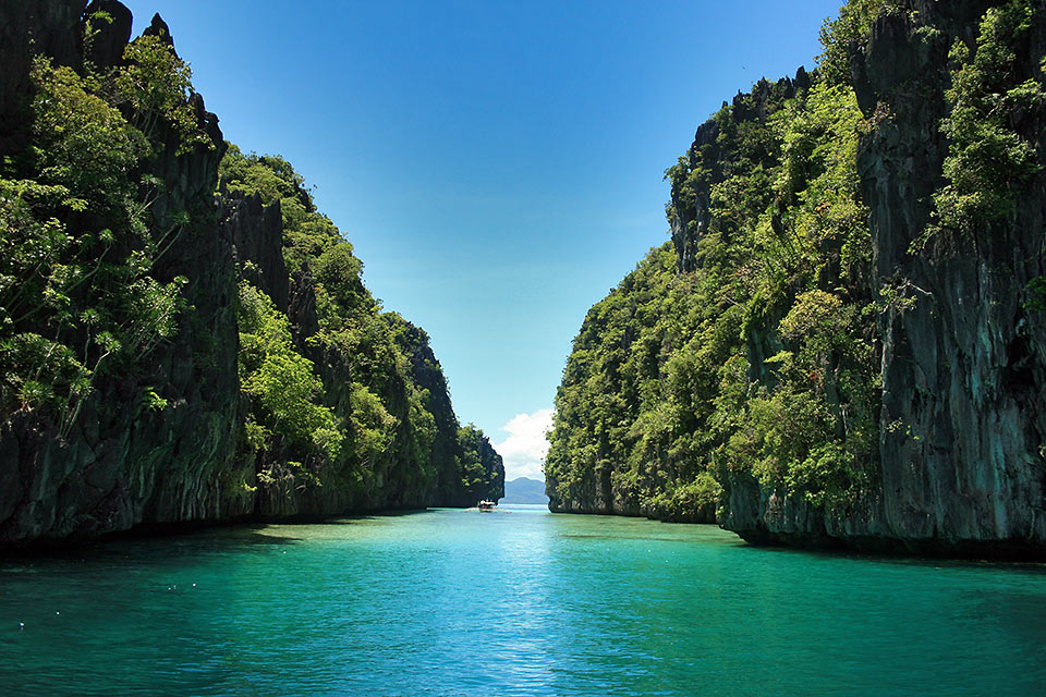 the Big Lagoon at Miniloc Island, El Nido